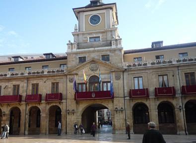 Oviedo Vol + Hôtel