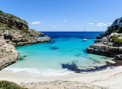Calas de Mallorca Vol + Hôtel + Voiture