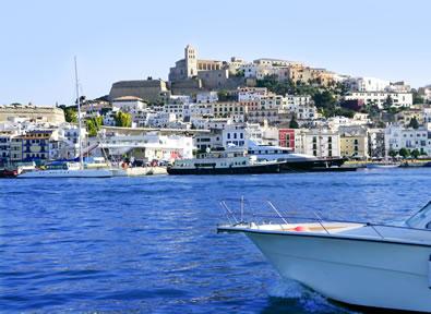 Ibiza Capitale Vol + Hôtel + Voiture