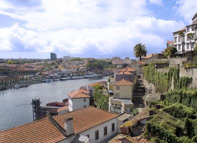 Porto Vol + Hôtel + Voiture