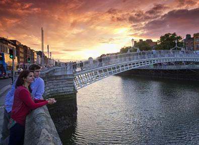 Dublin Vol + Hôtel + Voiture