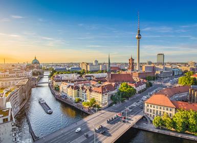 Nord Este et Centre d´Europe: Prague, Amsterdam et Berlin en avion