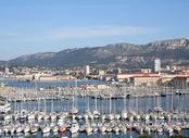 Vols pas chers La Rochelle - Toulon, LRH - TLN