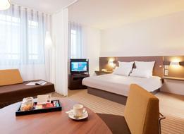 Suitehotel Paris Porte De La Chapelle