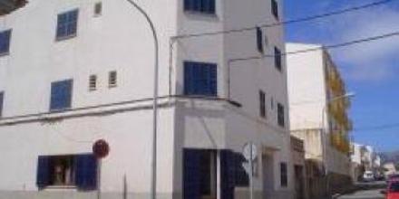 Louty Casa Esteva